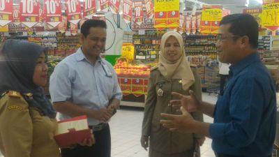 Dinas Perdagangan Inspeksi Supermarket